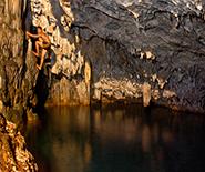 Anahulu-Caves