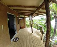 mandla_beachside_deck_entrance
