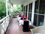 waterfront_restaurant_outside_185x143